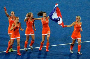 Netherlands womens hockey celebrate - 2012 Olympics