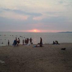 DonCharisma.org Beach Walk 2 Beach non-HDR