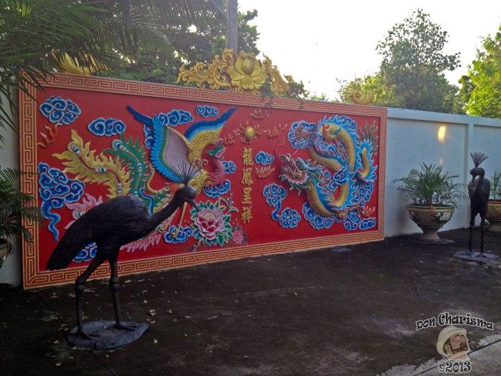 DonCharisma.org Chinese 3d Mural And Peacocks 2 - Big Buddha Hill