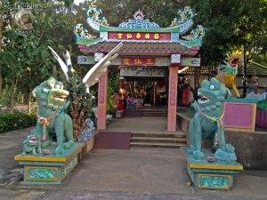 DonCharisma.org Chinese House - Big Buddha Hill