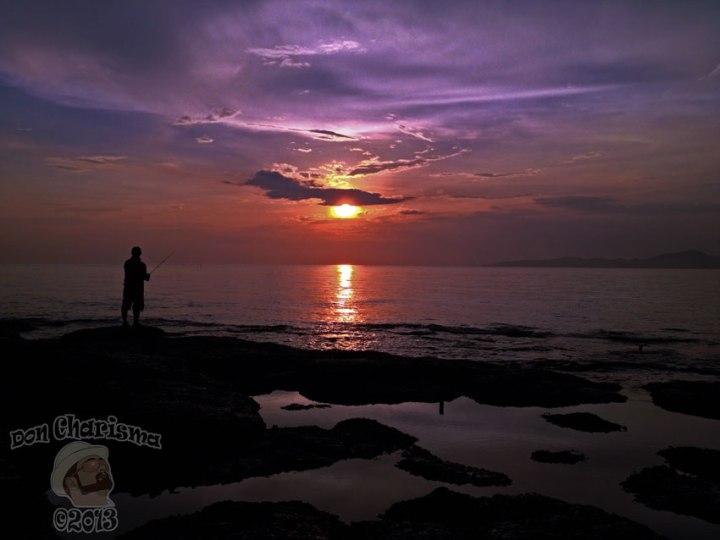 DonCharisma.org Fisherman Silhouette Sunset 1L