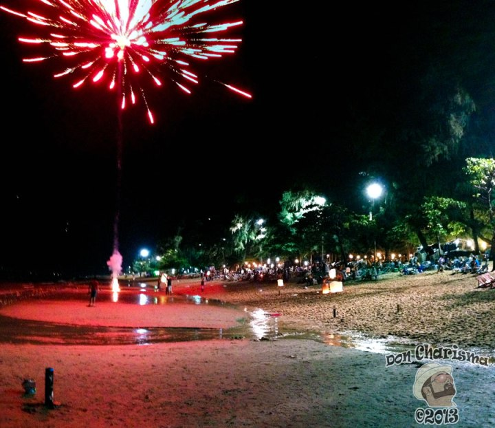 DonCharisma.org Night Beach Scene FIREWORKS Loy Catong Festival