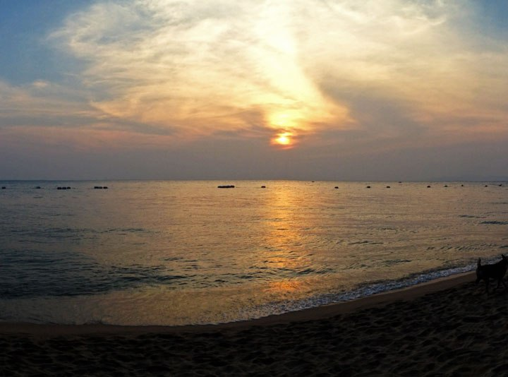 DonCharisma.org Beach Sunset Panorama iPhone