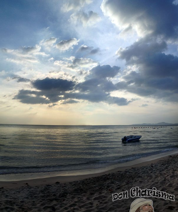 DonCharisma.org Evening Beach Speedboat Tall Pano PTGui-2w-x-2h-P