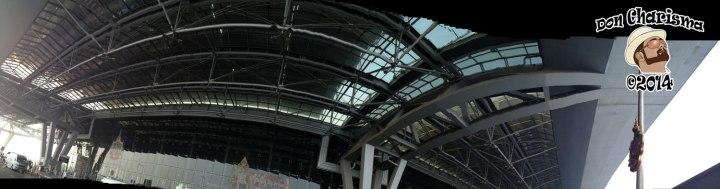 DonCharisma.org Bangkok Airport Suvarnabhumi Messed Up Pano iPhone