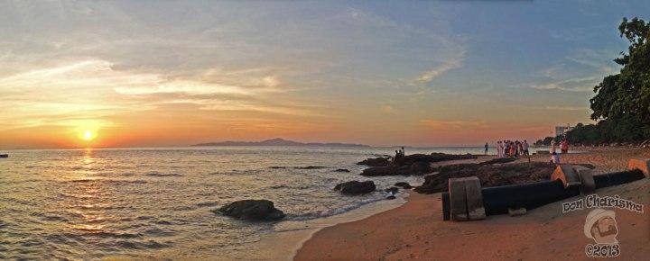 DonCharisma.org-Beach-Wedding-Sunset-Panorama-PS-4w-x-1h-L