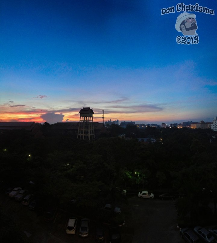 DonCharisma.org-Top-Floor-Sunrise-Panorama-(Partial)-PTGui-4w-x-2h-P