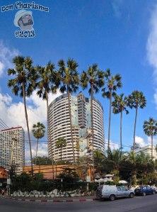 DonCharisma.org Tower Building And Palms Towerama PTGui-3w-x-2h-P