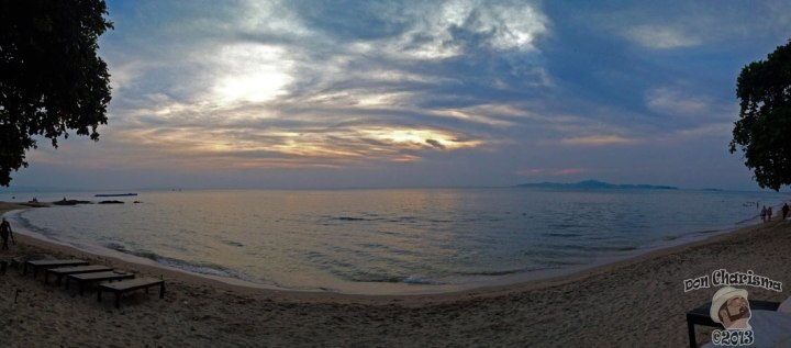 DonCharisma.org-Beach-Sunset-Panorama-iPhone