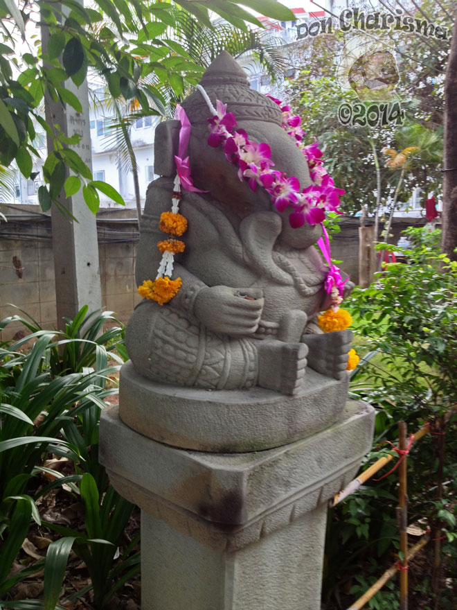 DonCharisma.org-Elephant-Statue-1P