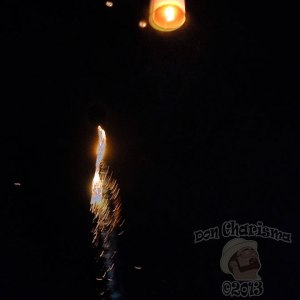 DonCharisma.org-Sky-Lantern-And-Firework-Loy-Catong-Festival-FI