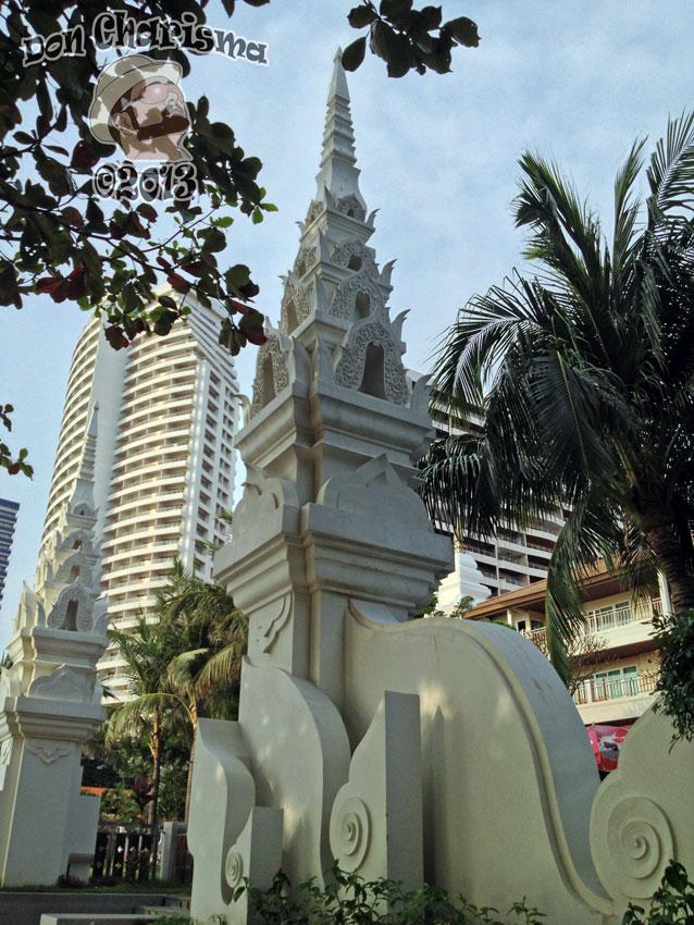 DonCharisma.org-Thai-Columns-1-1P
