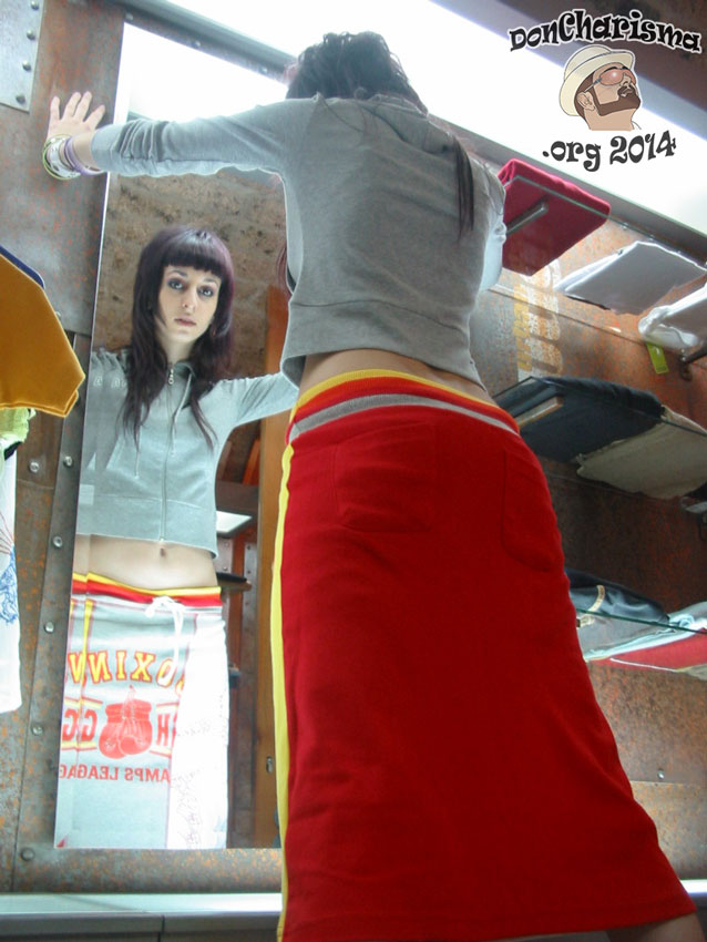 DonCharisma.org-Woman-Long-Skirt