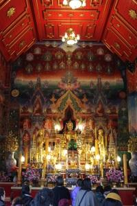 dannyboybroderick-thai-temple-wimbledon-inside-small