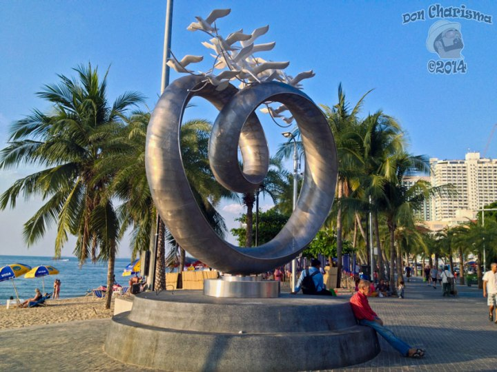 DonCharisma.org-Beach-Sculpture-1L