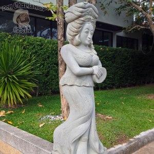 DonCharisma.org-Thai-Lady-Statue-1P-FI