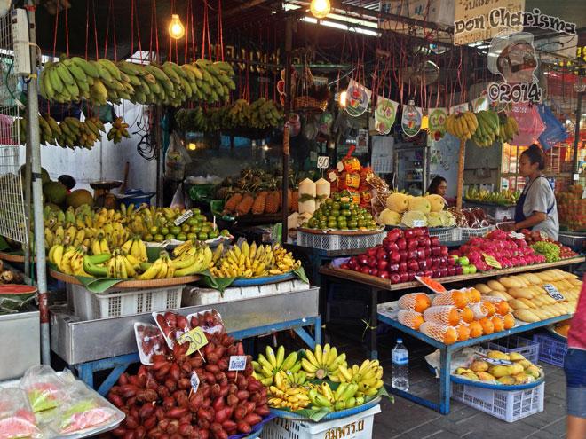 DonCharisma.org-Fruit-Stall