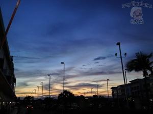 DonCharisma.org-Shopping-Mall-Sunset