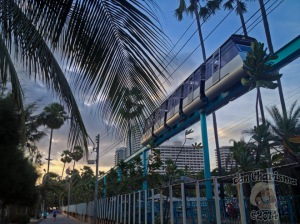 Sky-Train-Sunset-DonCharisma-img_4373