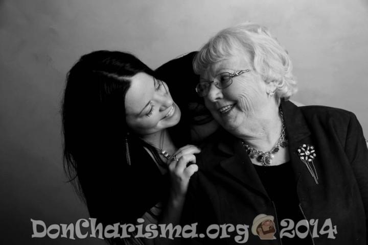 grandmother-daughter-pixabay-453131-DonCharisma.org-1024LE