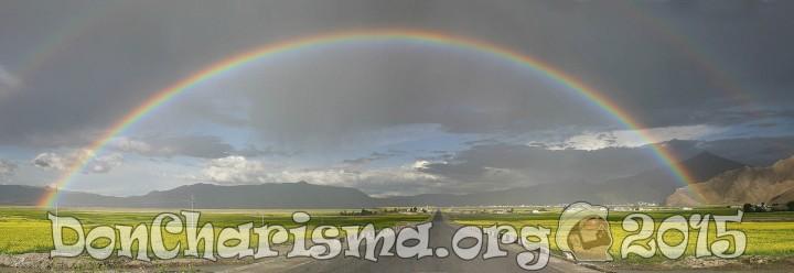 chinese-tibet-rainbow-mountain-pb-533088-DonCharisma.org-1024LE