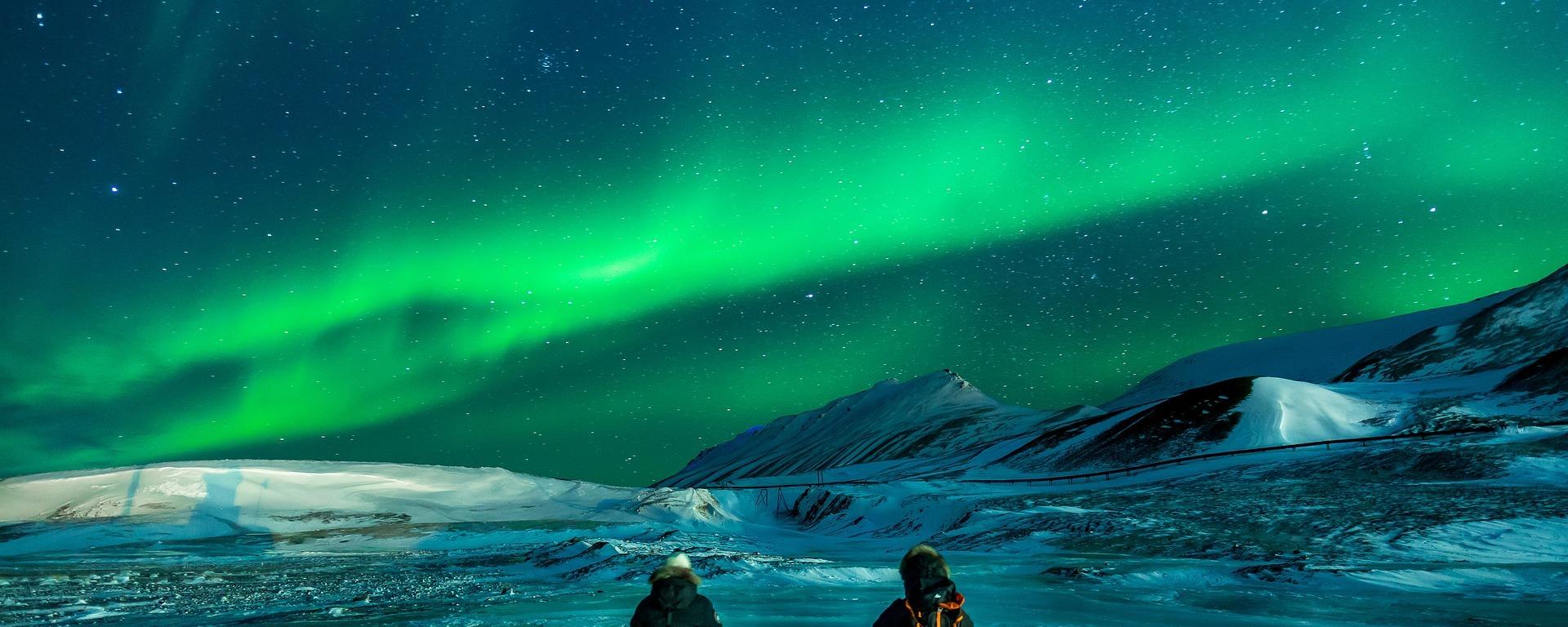 aurora,polar lights,northen lights,aurora borealis,ice,stars,arctic,snowy,landscape,cold,night,nature,alaska,adventure,extreme