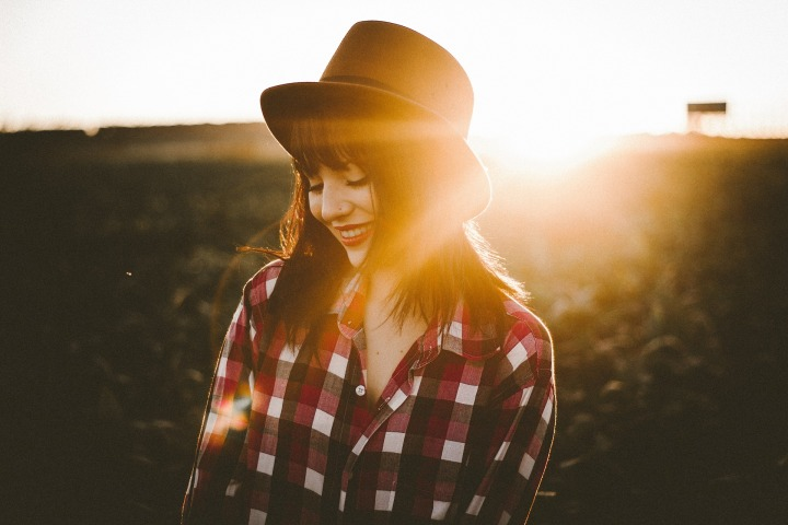 doncharisma, don charisma, outdoor,nature,sunlight,sunrise,sunset,sunshine,people,woman,girl,female,hat,smile