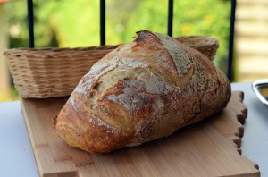bread,bake,bakery,food,fresh,loaf,healthy,flour,brown,homemade,baking,wooden,kitchen,cooking,dough,wood,bun,traditional,cereal,freshness, DON CHARISMA