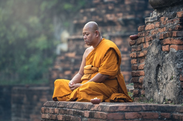 Positive, Positivity, Motivate, Motivation,buddhist,monk,sitting,meditation,zen,meditate,meditative,ancient,asia,burma,faith,buddha,buddhism,contemplation,pensive,paying,DON CHARISMA