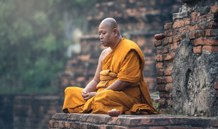 buddhist,monk,sitting,meditation,zen,meditate,meditative,ancient,asia,burma,faith,buddha,buddhism,contemplation,pensive,paying,DONCHARISMA