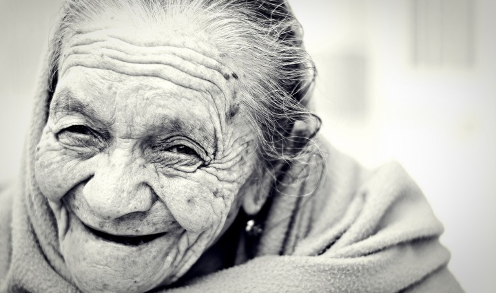 woman,old,senior,female,elderly,retired,grandmother,smiling,smile,aging,aged,face,retirement,happy,mature,portrait,older,emotion,cheerful,pensioner,human,joy,person,adult,lady,years,looking, DON CHARISMA