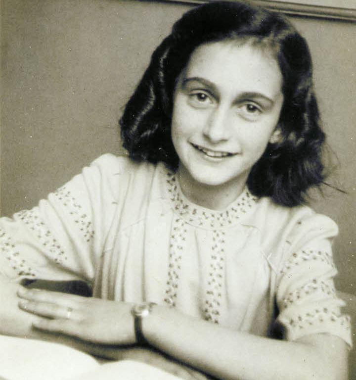 Anne Frank, DON CHARISMA