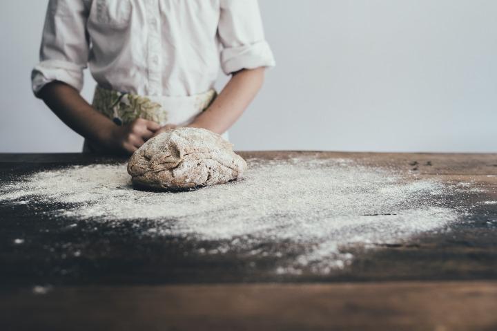 bakery,bread,baker,apron,baking,chef,cook,dough,flour,food, DON CHARISMA