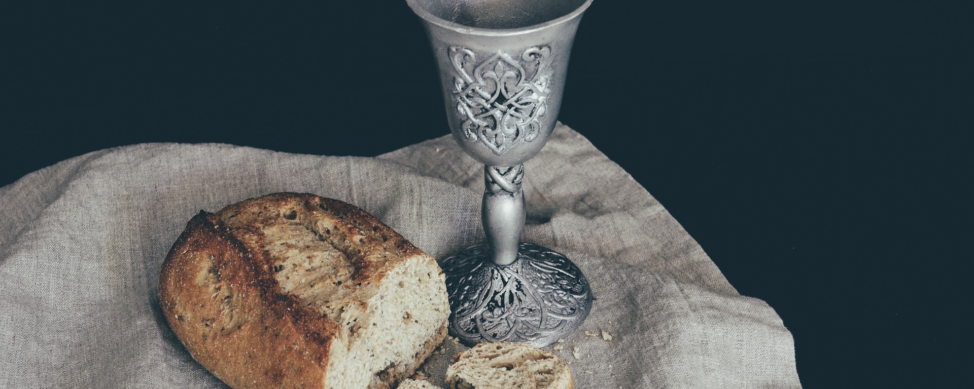 bread,communion,eucharist,church,religion,christianity,faith,catholic,chalice,worship,cup,spiritual,sacred,hope,christ,wine,religious,holy,jesus, DON CHARISMA