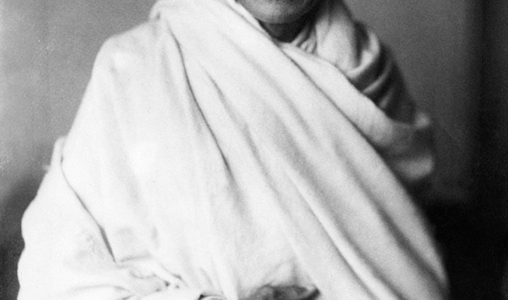 1930s, 1931, antique, archival, archive, asia, asian, bapu, bapuji, black, chaddar, dhoti, dupatta, england, face, freedom, Gandhi, gandhiji, historic, historical, india, indian, Lord Irwin, karamchand, leader, London, Mahatma, Mahatma Gandhi, mkgandhi, mohandas, monochrome, movement, non, nonviolence, nonviolent, of, old, peace, peaceful, photograph, portrait, rare, request, shawl, south, struggle, studio, taken, uk, vintage, violence, violent, white, DON CHARISMA